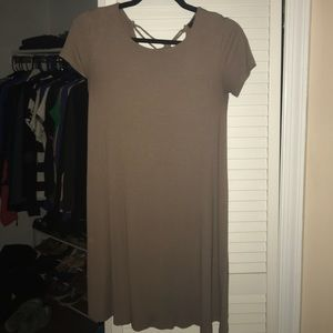 Ribbed dress with crisscrossed back detail